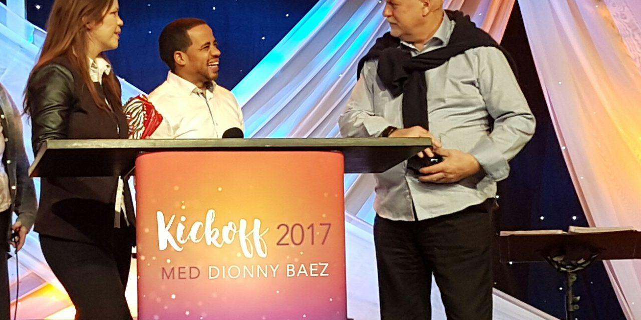 Herlige dager med profet Dionny Baez! Kickoff 2017 Visjon Norge