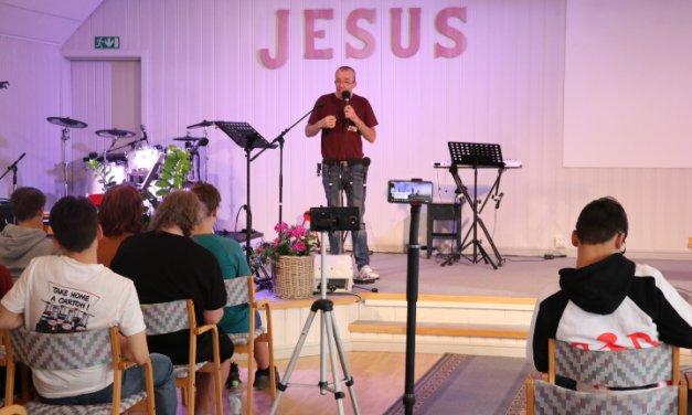 Over 10 frelsesøkende på Meetup i Betania.