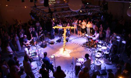 På festival for å søke Gud og oppleve Hans nærhet