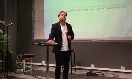 "Edward John Hughes – Creative pastor "" Breaking Chains of bondage part "" (Church today Oslo)"